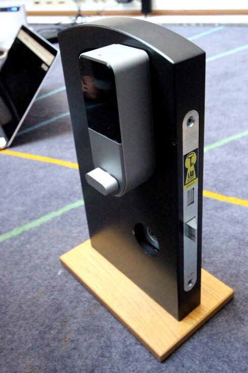 ALLEREDE PÅ VEI: Du har kanskje selv kommet borti slike smarte låser på hytter eller hoteller. De vil bli stadig vanligere i morgendagens smarte hus. Foto: OLE PETTER BAUGERØD STOKKE