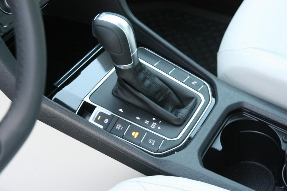 GOD KOMBINASJON:TSI-motor og dobbelkløtsj-automat (DSG) fungerer finfint i denne bilen. Foto: KNUT MOBERG