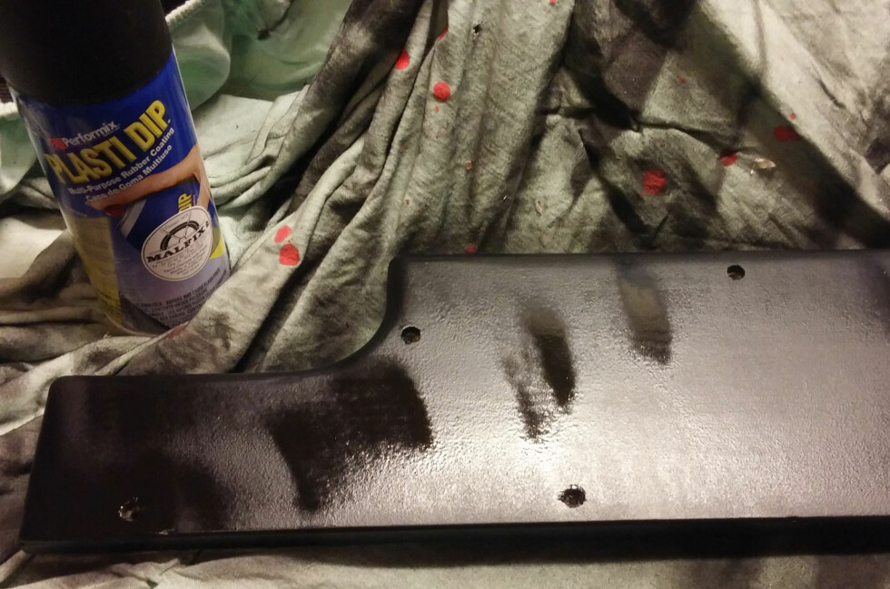ALTERNATIV: Hvordan fungerer Plasti-dip på treverk?  Foto: BRYNJULF BLIX