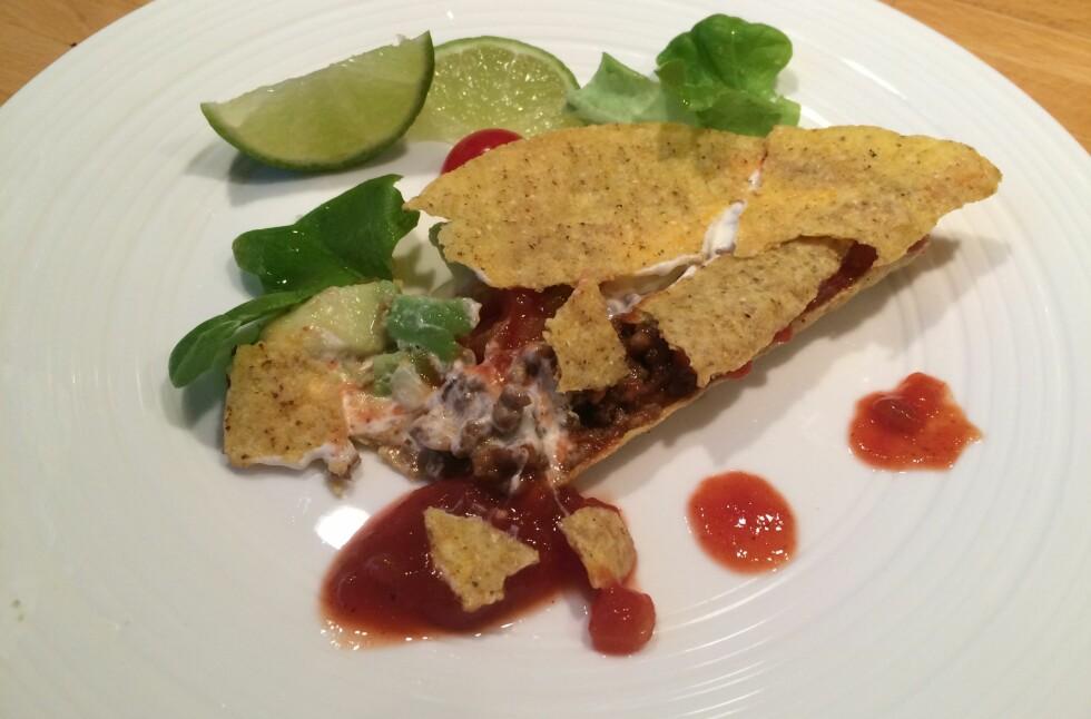 KNAS: Taco er godt, men vanskelig å spise uten å søle.  Foto: ELISABETH DALSEG