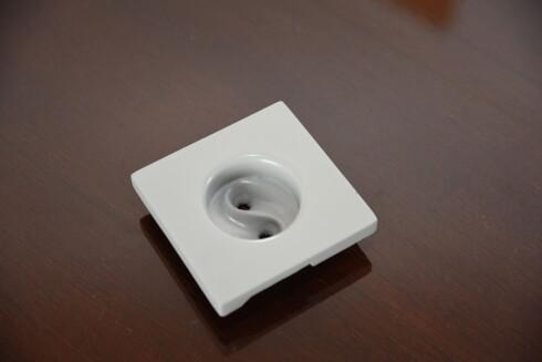 SLIK SKAL DEN BLI: Dette er den nye og slankere kontakten med «Flow»-design. Foto: JOHN BERGE