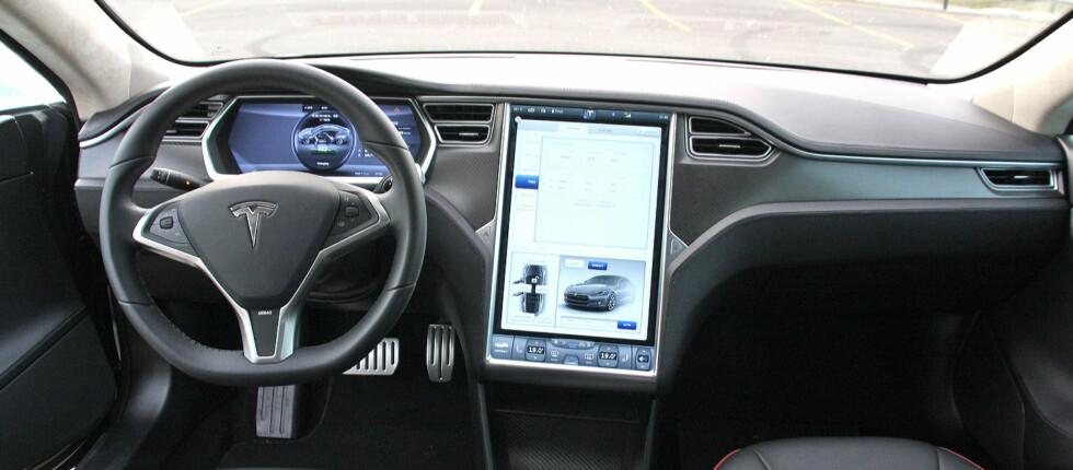 VERDILØS? Dersom 3G-nettet stenger i 2020 vil mange av funksjonene i Model S utebli.  Foto: KNUT MOBERG