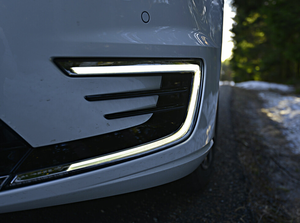 LED-IT-BE: Som på e-Golf leveres også GTE med LED-lys i fronten. Foto: JAMIESON POTHECARY