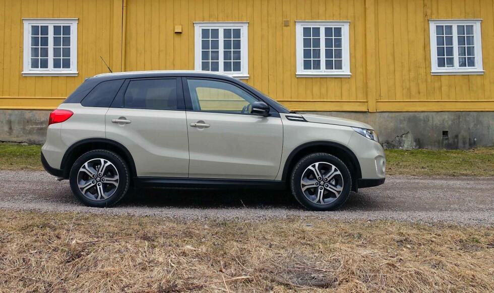 KLAR TALE: Vitara vil fremstå som ren SUV og ikke crossover - selv om det i praksis er det den er. Men designmessig er den tydelig SUV i Vitara/Grand Vitara-tradisjonen. Foto: KNUT MOBERG