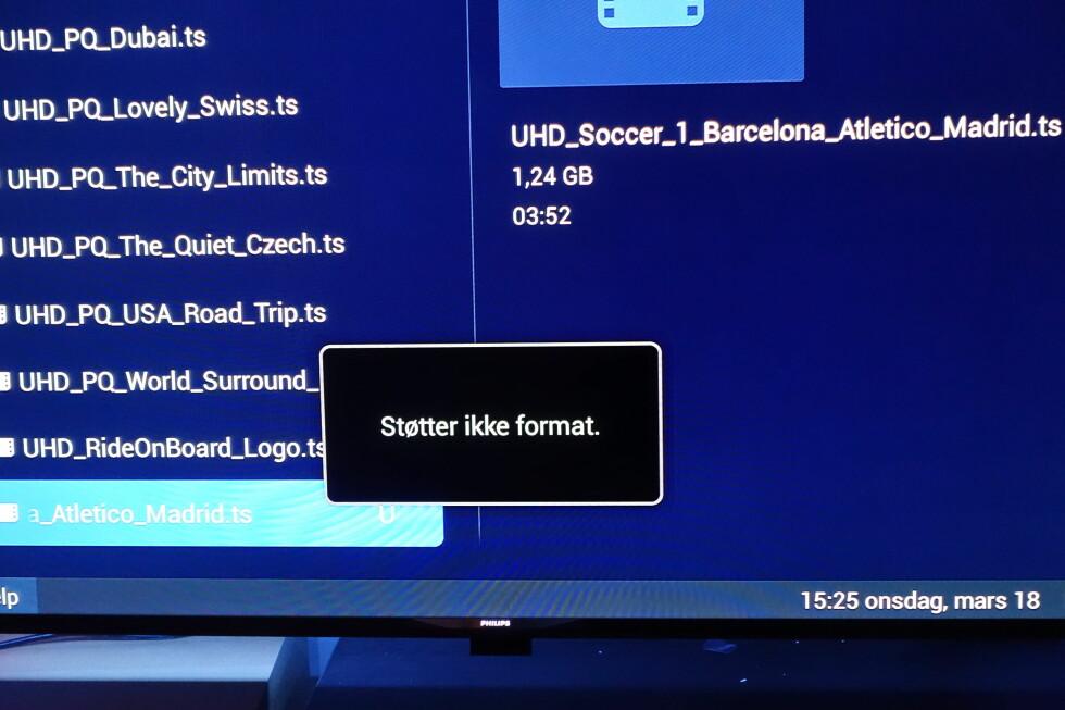 FORMATSTØTTE? Via USB-inngangen prøvde vi selvsagt å spille av 4K-innhold fra Samsung. Det gikk ikke spesielt bra, men var heller ingen stor overraskelse: Formatrotet rundt 4K er fortsatt høyst reelt. Foto: ØYVIND PAULSEN