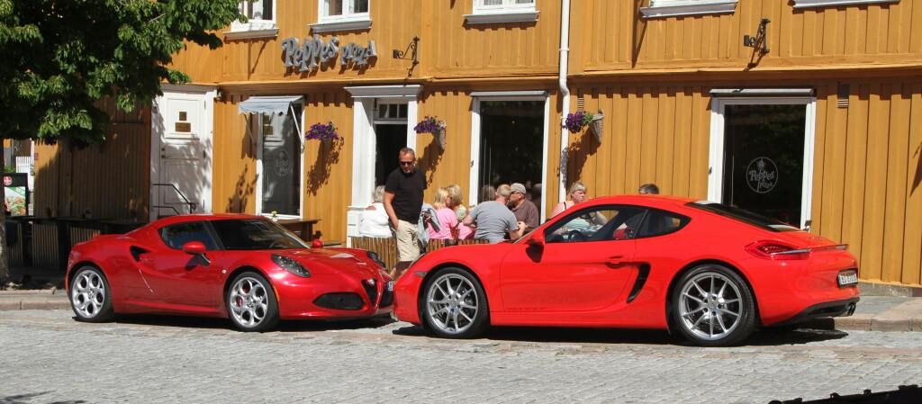 <b>Bil mot bil:</b> Duellen viser at det er to morsomme biler, men likevel veldig forskjellig. Foto: Rune Nesheim