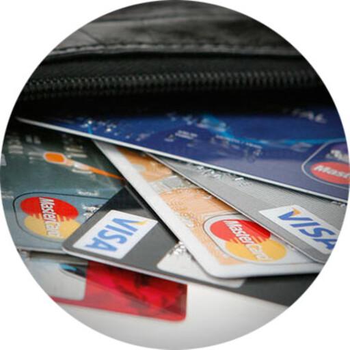 HJELPER: Har du handlet med et bankkort eller betalingstjeneste med kjøperbeskyttelse, kan du få pengene tilbake ved piratkjøp. Foto: PER ERVLAND