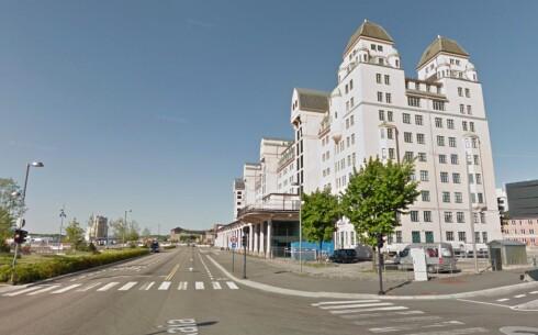<strong><b>PÅ GATA:</strong></b> Med Street View-funksjonen kan du se hvordan ting ser ut. Her er bygget Dinside holder til i. Foto: PÅL JOAKIM OLSEN