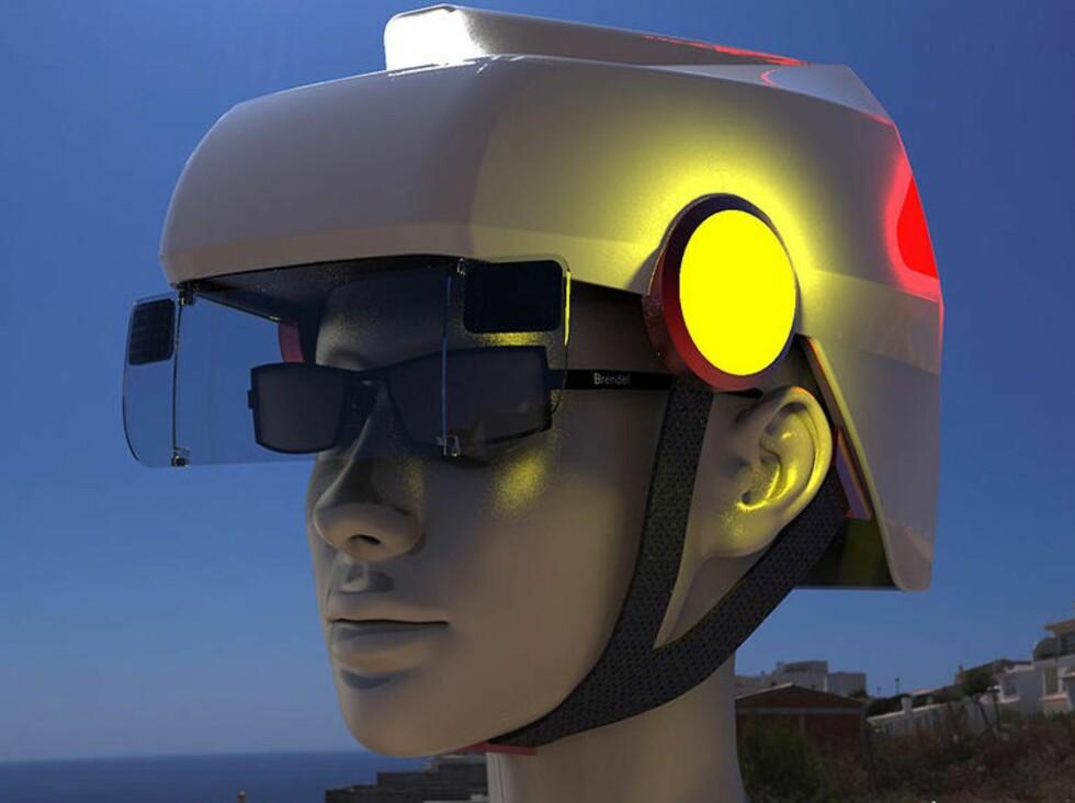BREMSELYS OG BLINKERS: Hi-tec-hjelmen vil kanskje ikke bli noe mote-ikon, men ser jo ut til å bedre sikkerheten... Foto: SMART HAT