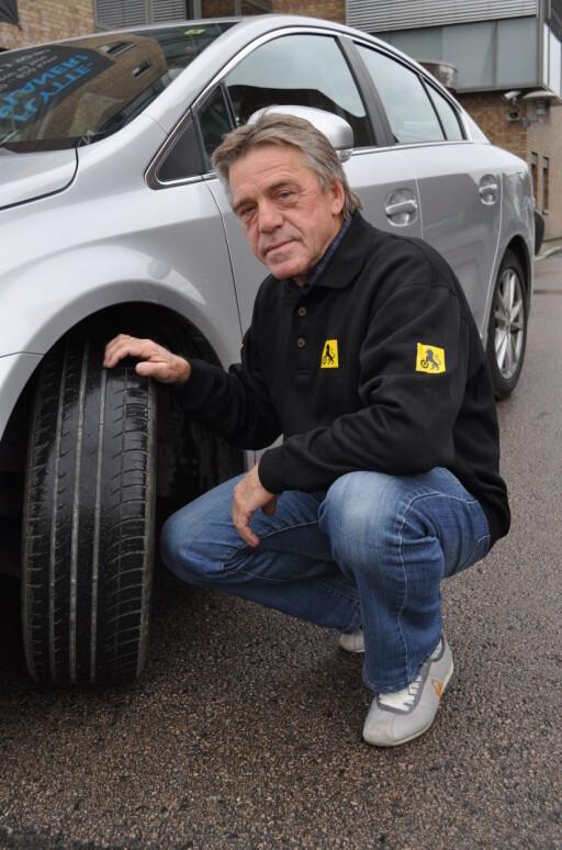 GRENSEN GÅR VED 50.000 KR: Dropp kaskoforsikring om bilen din er verdt mindre enn 50 000 kroner, mener NAFs Jan Ivar Engebretsen. Foto: NAF