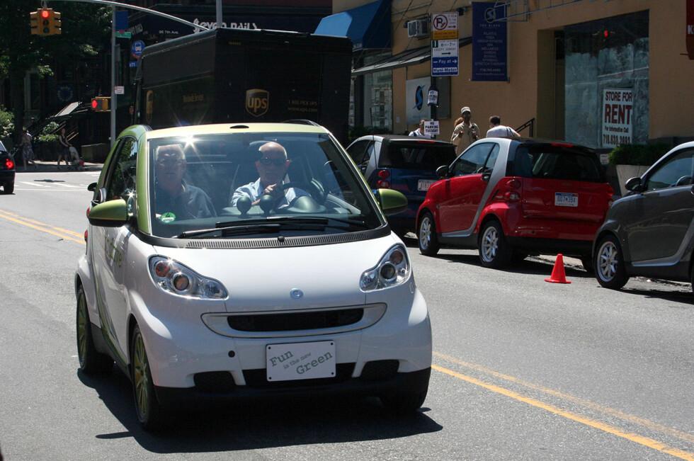 LITEN OG KJAPP: Til en pris av rett over 140.000 kroner, blir den nye Smart Electric en attraktiv bybil. Foto: KNUT MOBERG