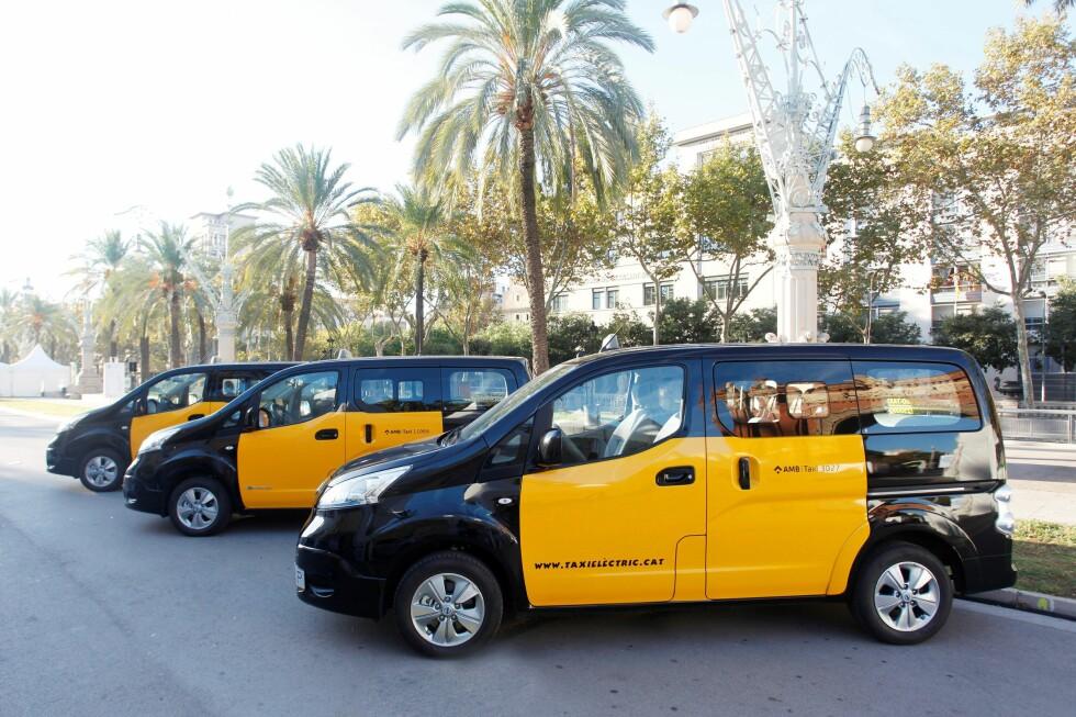 ALLEREDE SOM TAXI: Her i Barcelona brukes e-NV200 el-taxi allerede, nå kommer 7-seteren i tillegg. Foto: NISSAN