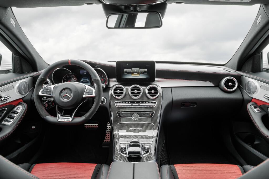 NESTEN SOM FØR: Mercedes-eieren kjenner seg igjen... før han starter bilen. Foto: AMG