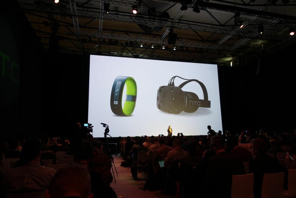 BRILLE: Slik ser HTCs VR-brille ut. Om vi alle har en slik rundt hodet om noen år, får tiden vise.