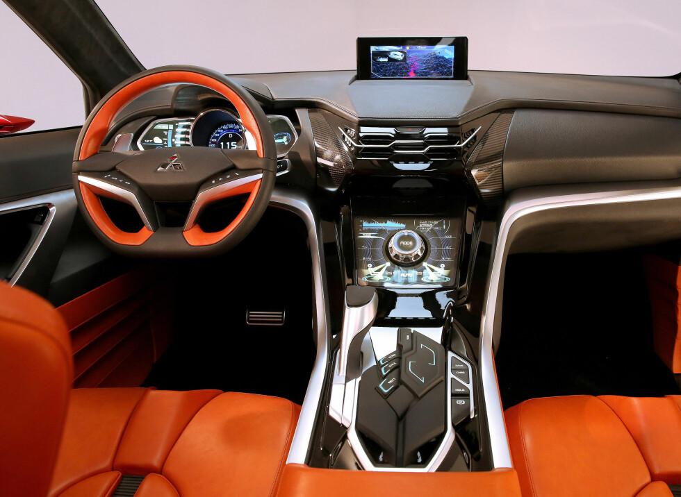 NÆR REALISTISK: Stilen i interiøret bærer ennå preg av at dette er en konseptbil, men den generelle designen vil nok for en stor del gå igjen i ASX-etterfølgeren. Foto: MITSUBISHI
