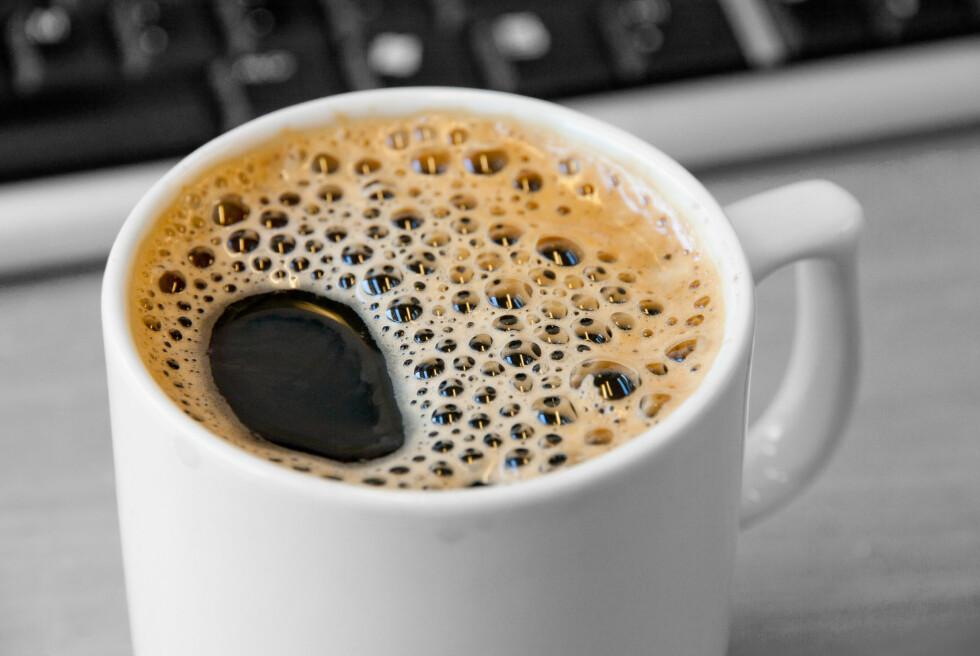 USMAK? Mangel på rengjøring, for varmt eller for mye vann er klassiske tabber som kan gjøre at kaffen ikke blir optimal på smak. Foto: COLOURBOX