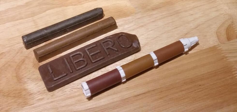 Fin kamuflasje: Med spesialvoks og penner med spritbeis kan du fylle opp ig tegne strukturer i treverket. Foto: BRYNJULF BLIX