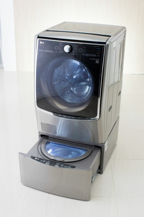SMART: Med to maskiner som går samtidig blir vasken unnagjort på halve tiden. Foto: LG ELECTRONICS