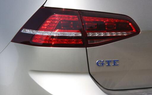 LADBAR GOLF: Volkswagen står for den folkelige tilnærmingen med sin ladbare GTI-wannabe. Og det fungerer! Foto: KNUT MOBERG