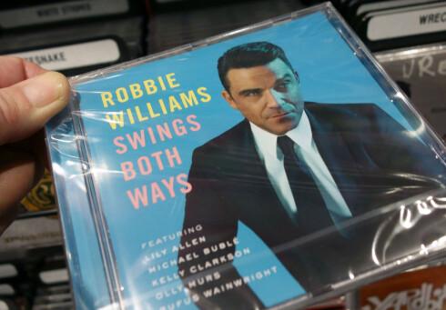 <B>STÅR STERKT</B> Den gode, gamle CD-en er fortsatt ikke helt utdatert. Foto: ALL OVER PRESS