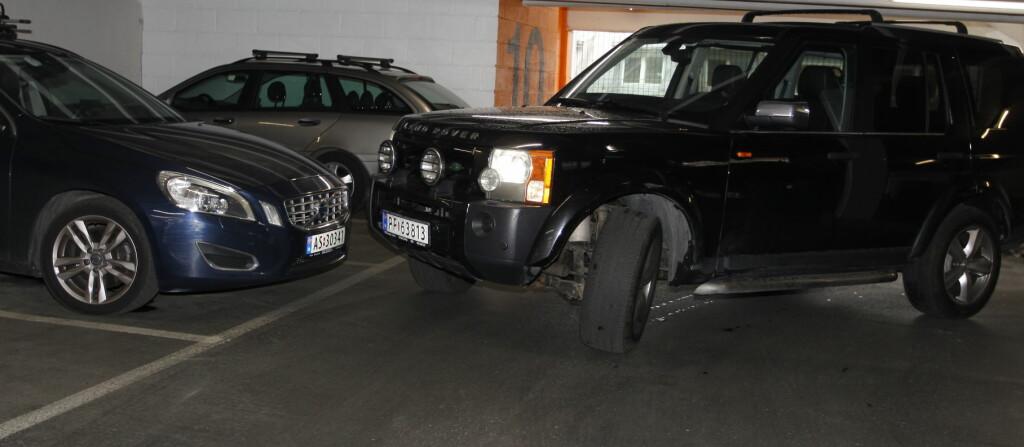 <b>KRASJ:</b> Kjøring i parkeringshus er ikke risikofritt. Foto: KNUT ARNE MARCUSSEN
