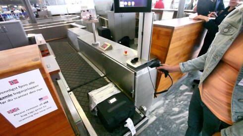 SELVBETJENT BAGASJEBÅND: Du kan skanne og sende bagasjen din selv, og det er ganske enkelt! Foto: PER ERVLAND