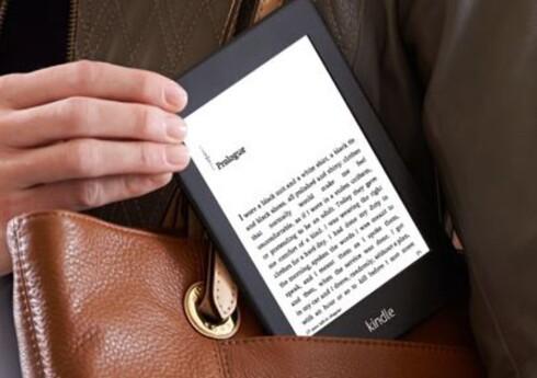 MEST KJØPT: Amazons Kindle er sjefen blant lesebrett. Heldigvis kan du lese mer enn Amazons egne bøker på det. Foto: AMAZON
