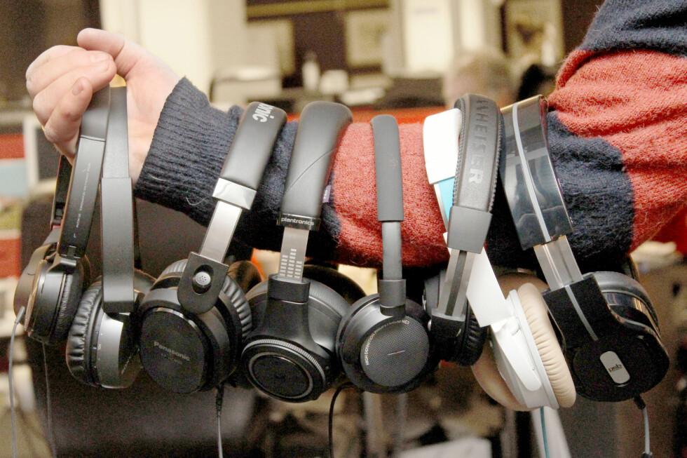 VALGETS KVAL: Etter å ha testet åtte hodetelefoner med aktiv støydemping er dommen klar: Styr unna de i budsjettklassen, men heller ikke blant de dyre er alt like bra. Foto: OLE PETTER BAUGERØD STOKKE