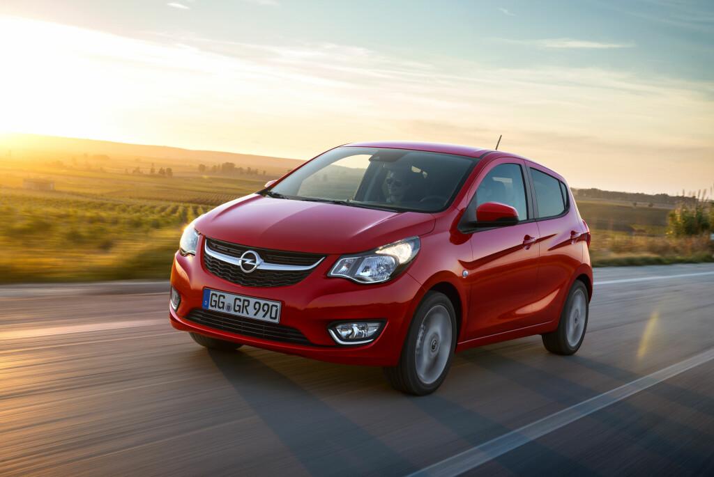 NY I FAMILIEN: Opel Karl har en tydelig familielikhet med de andre bilene fra merket. Foto: OPEL