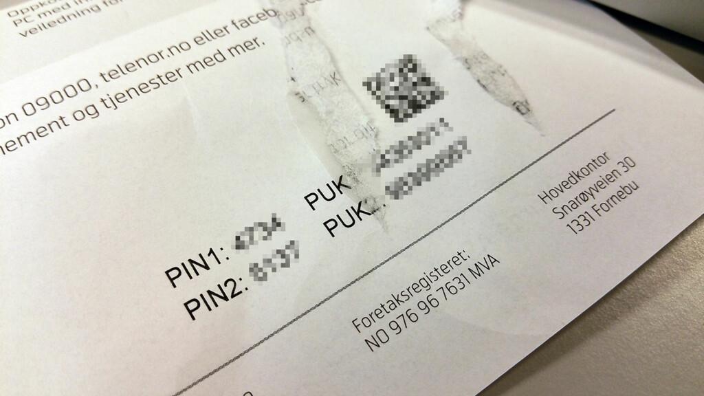 PIN/PUK: SIM-kortets PIN- og PUK-koder finner du på brevet som fulgte med fra operatøren din. Foto: PÅL JOAKIM OLSEN