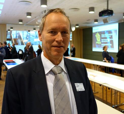 HÅPER MANGE VIL SKAFFE SEG ID-KORT: Politiinspektør John Kristian Thoresen i Politidirektoratet leder prosjektet med de nye ID-dokumentene. Foto: KRISTIN SØRDAL