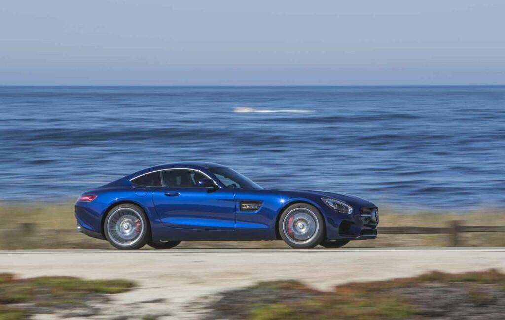 PÅ EN BEDRE DAG: Vi er av de som synes Mercedes-AMG har lykkes godt med formgivningen på sin GT/GT S.  Foto: DAIMLER