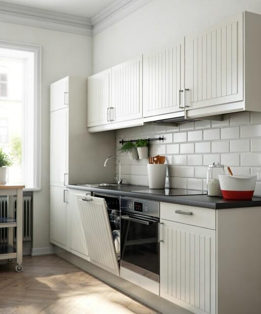 I VIFTEN: Små kjøkken uten mulighet for å koble seg på avtrekk har ofte kullfilter i viften sin. Foto: IKEA