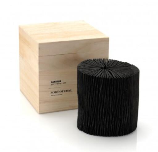 HVITT KULL: Den danske nettbutikken Sort of Coal selger hvitt kull, og det koster. Dette stykket her koster 50 euro (ca 440 kroner). Foto: SORTOFCOAL.DK