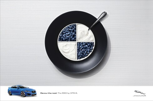 ENGELSK HUMOR: For å tirre sine tyske konkurrenter, tyr Jaguar til humor i ny reklamekampanje. Foto: Jaguar