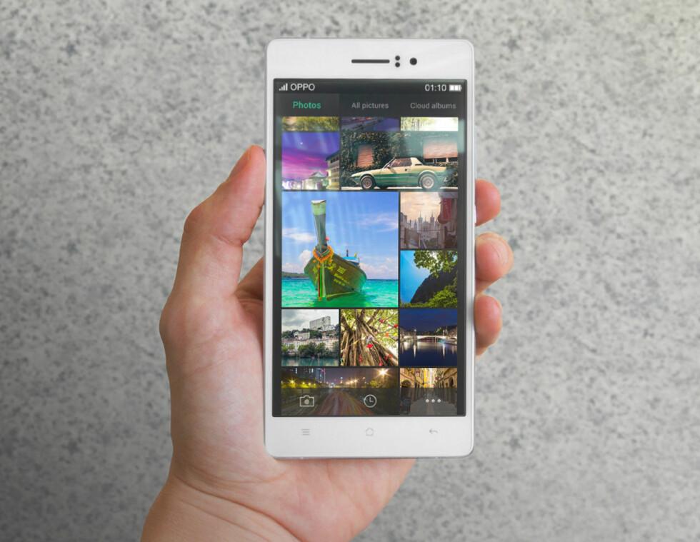 FULL HD: Oppo R5 har full HD-skjerm og en skjerm på 5,2 tommer. Foto: OPPO