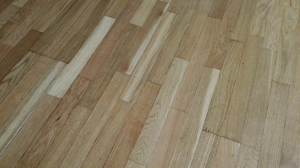 KNIRK: Fjerning  av knirking i gulv kan være en omfattende jobb. Foto: BRYNJULF BLIX