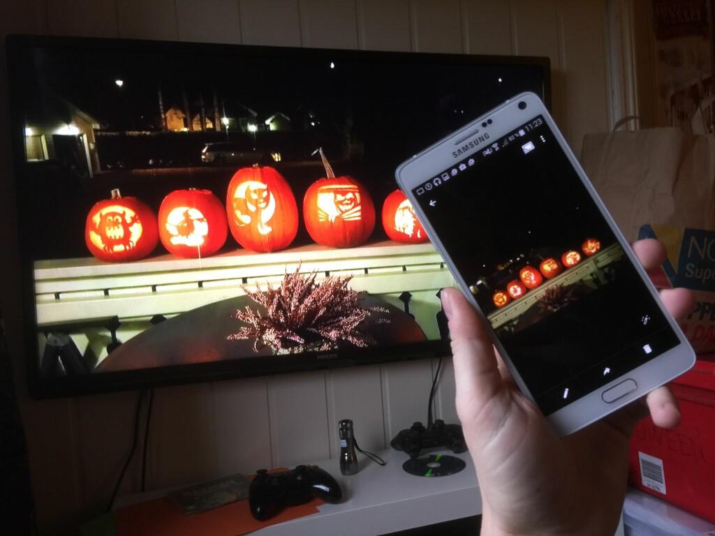 BILDER PÅ TV: Med Allcast-appen kan du vise både bilder og video på TV.