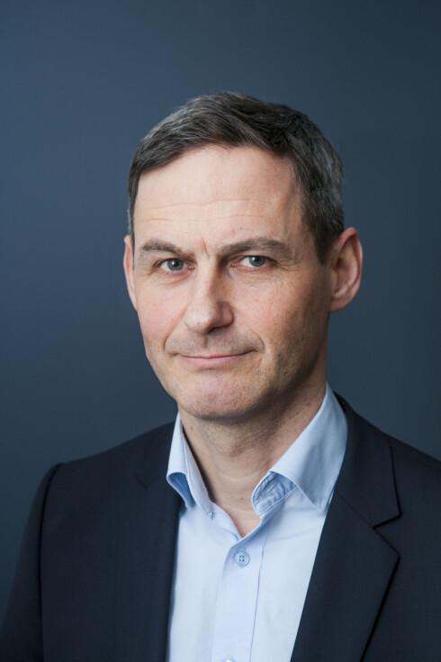 LOVBRUDD:  Fagdirektør i Forbrukerombudet, Jo Gjedrem, mener vilkårene til MobilePay bryter med loven. Foto: PER ERVLAND