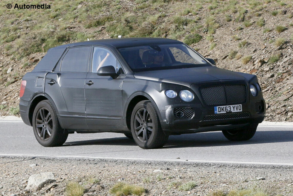 BENTLEY SUV: Blir dette Bentleys nye SUV? Foto: AUTOMEDIA