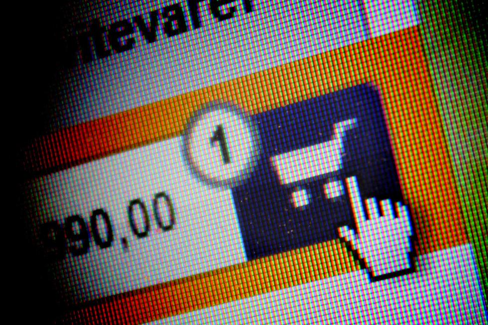 MER FRA UTLANDET: Norske nettbutikker skjelver i buksene over forslaget om en 500-kronersgrense. Men det er ikke sikkert den er fullt så dramatisk som mange tror.  Foto: OLE PETTER BAUGERØD STOKKE