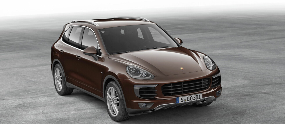 PLUG-IN: Porsche lager nå ladbar hybrid av den populære SUV'en Cayenne. Foto: Porsche