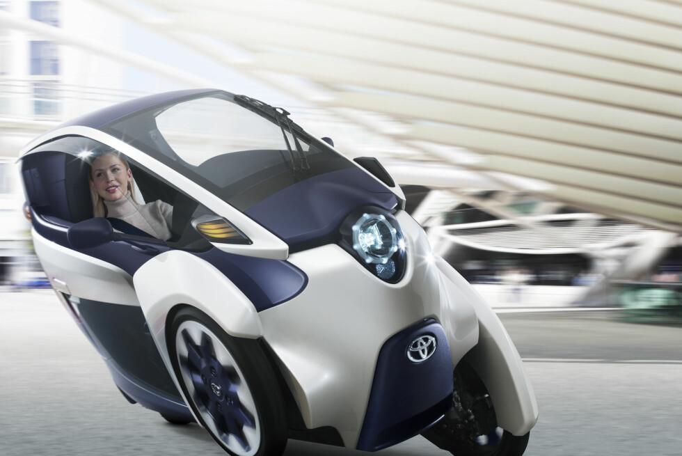 LEAN ON ME: I svinger føles i-ROAD som en motorsykkel takket være Active Lean teknologien.  Foto: Toyota