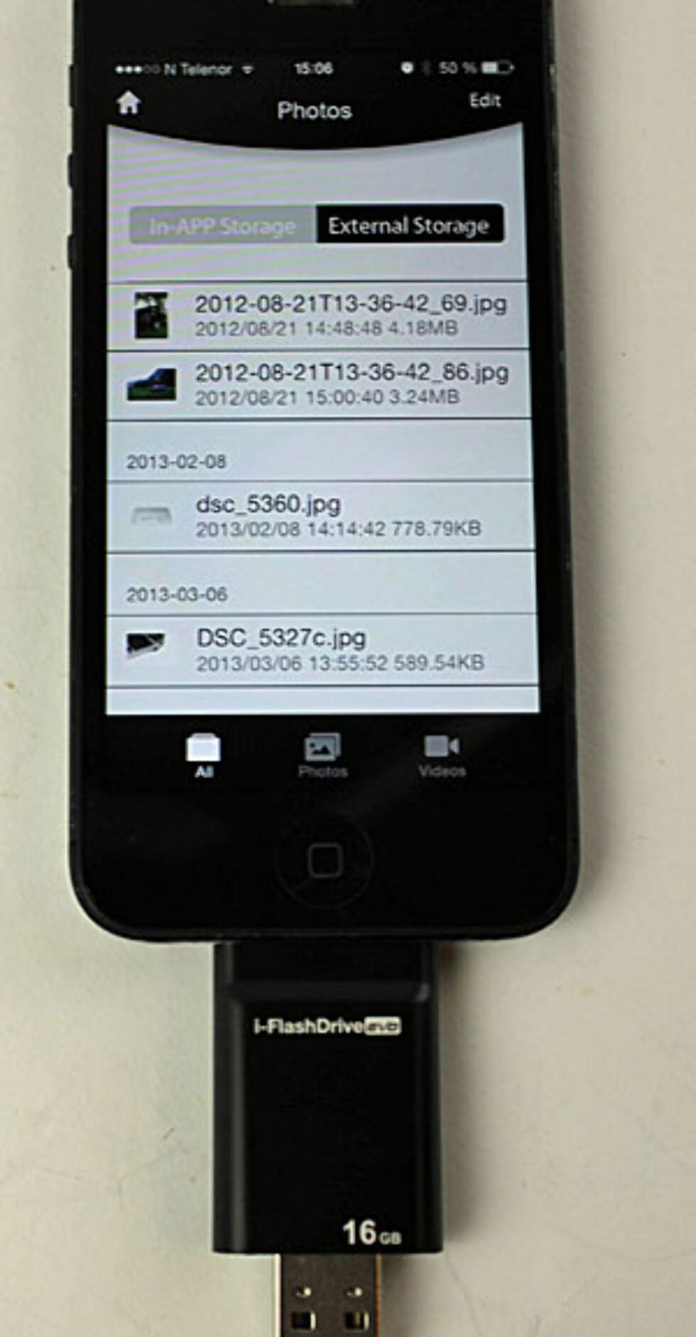 i-FlashDrive: Appens listing av bilder på minnekortet. Foto: ØYVIND PAULSEN