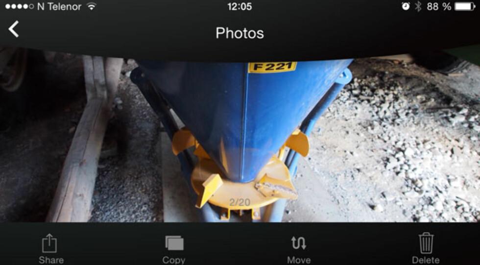 i-FlashDrive: Bildevisning på iPhone, som vanlig kan du se bilder horisontalt/vertikalt, og sveipefunksjon til neste bilde er på plass. Foto: ØYVIND PAULSEN