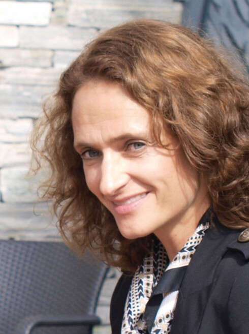 INGEN KRAV: Jurist Ingrid Røine i Mattilsynet håndhever det omfattende regelverket rundt merking av mat. Men spesifisering av aromaer krever hun ikke.  Foto: PRIVAT