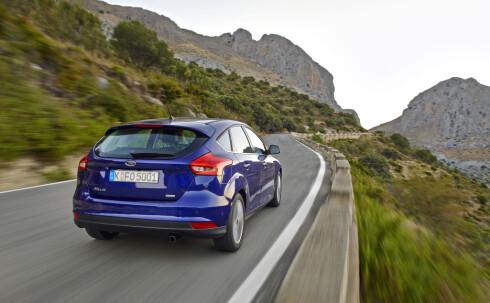DYNAMISK: Ford Focus er kjent for å ha de skarpeste kjøreegenskapene i klassen. Det har de nok ikke forandret på hos nykommeren. Foto: FORD