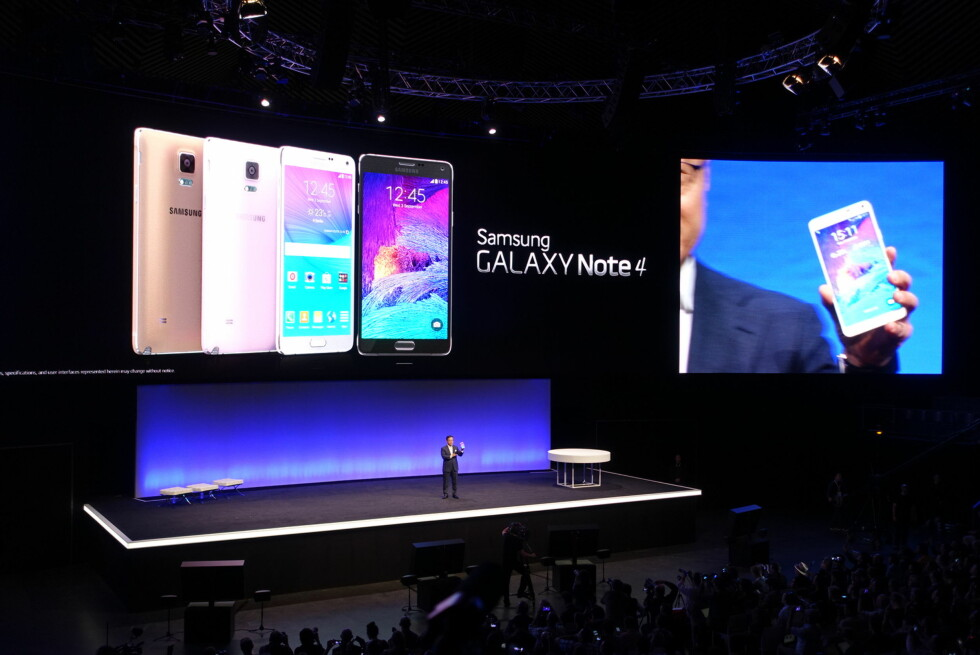 NYE NOTE: Samsungs nye, store telefon kommer i flere farger. Rosa også. Foto: KIRSTI ØSTVANG