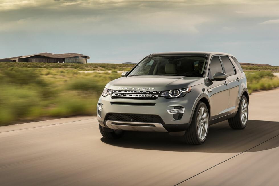 KAN BLI EN NORGESFAVORITT: Land Rover Discovery Sport har alle forutsetninger for å bli en Norges-favoritt, sporty utseende, mye utstyr, premium interiør og ikke minst gunstige priser. Foto: Land Rover