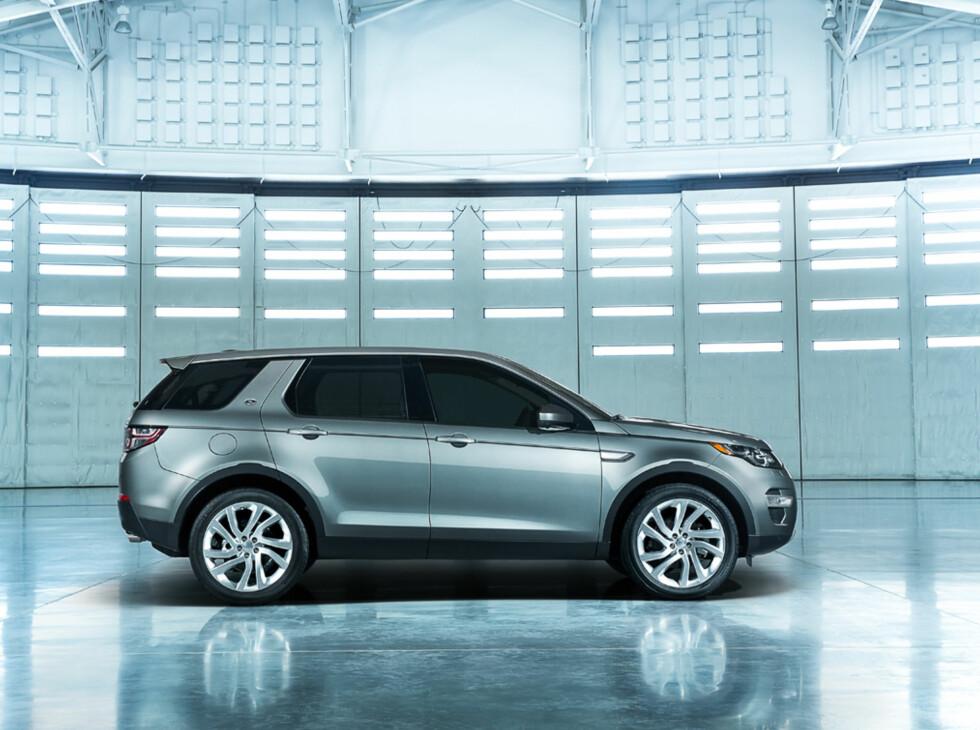 Land Rover Discovery Sport:Arvtakeren etter Freelander har fått nytt navn for ikke å belemres med gamle rykter.  Foto: LAND ROVER